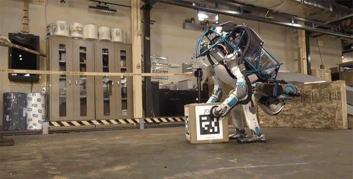 Des emplois vont disparaître sous l'effet des robots ? Tant mieux !