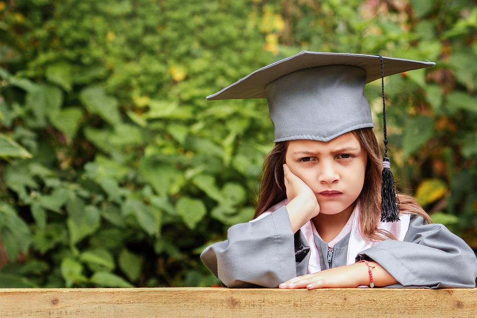 Le diplôme, une relique barbare